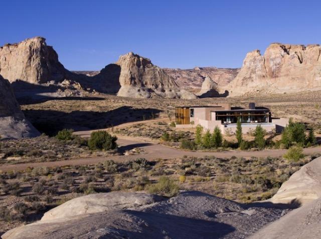 【アメリカ】荒涼な大地と調和したユタの隠れ家的リゾートホテル