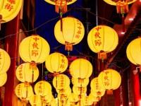 【1月下旬~2月頭掲載希望】まるで外国のよう!ランタンの灯りで彩られた街が幻想的で美しい、長崎のお祭り