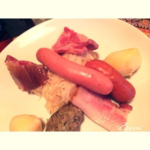 フランス・アルザス地方の郷土料理が楽しめる「Chez Yvonne」をレポ