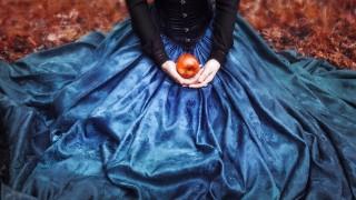 バレンタインデーに願掛け毒リンゴあります・・・!幸せの方法を教えてくれる魔女の知恵