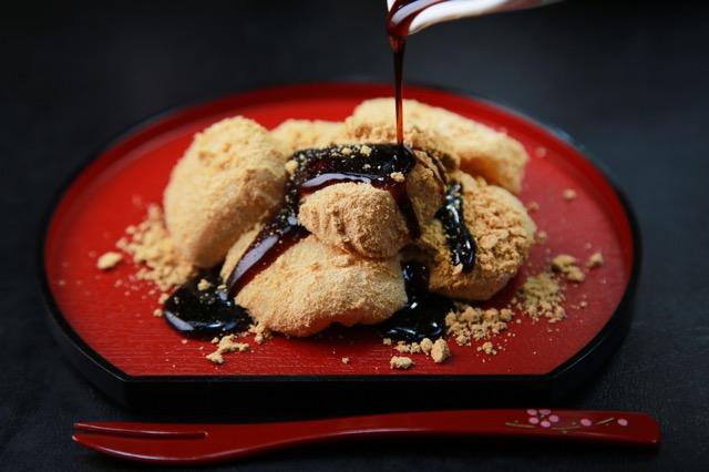 地元民が伝授!あの山梨を代表する銘菓・桔梗信玄餅の通な食べ方