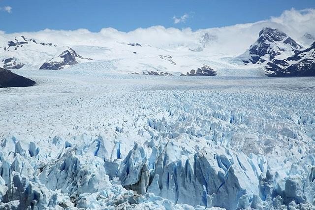 世界一周者が見た絶景!全長約35km、大迫力の「ペリト・モレノ氷河」