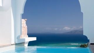 あまりに美しすぎて目がくらみそう・・・受賞歴多数、最高のひとときを過ごせる沖縄のホテル
