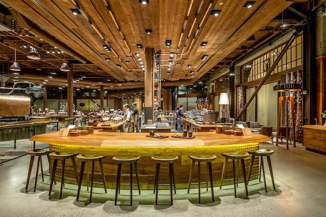 【スタバファン必見】シアトルにある世界最大のスタバ店舗を現地ルポ!