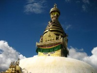 カトマンズの目玉観光スポット。ネパール最古の仏教寺院スワヤンブナート