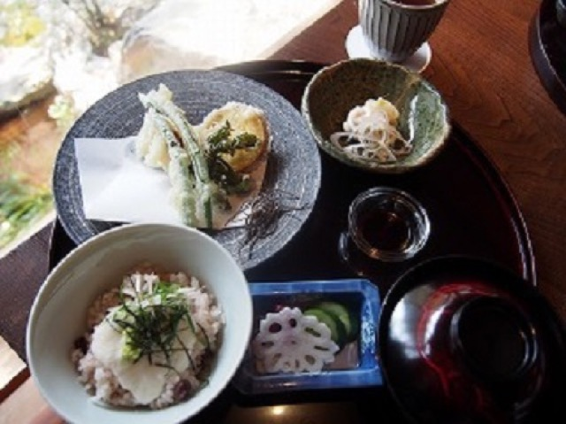 【嵐山】お値段以上の満足感!今話題のホテルで美しい昼懐石