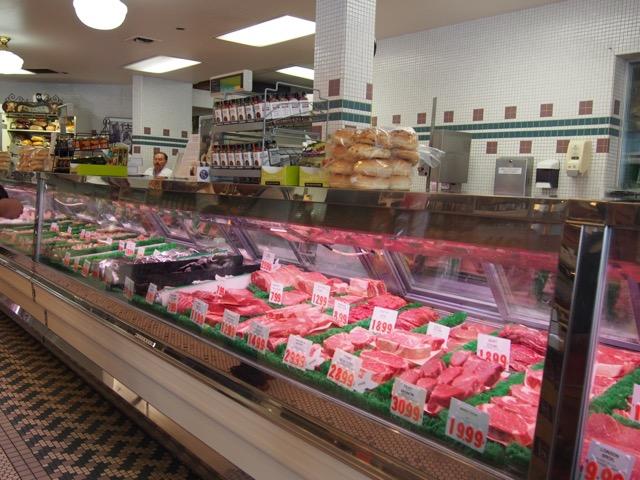 美味しすぎる!スタンフォードショッピングセンターで買える名物「黒肉」って?