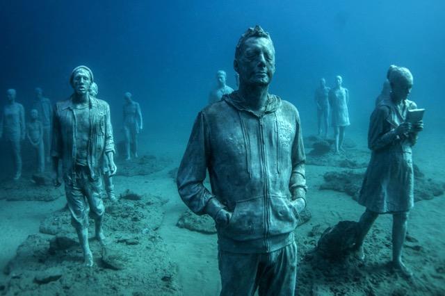 【製作中】ヨーロッパ初!世界に警鐘を鳴らす「海中ミュージアム」がすごい