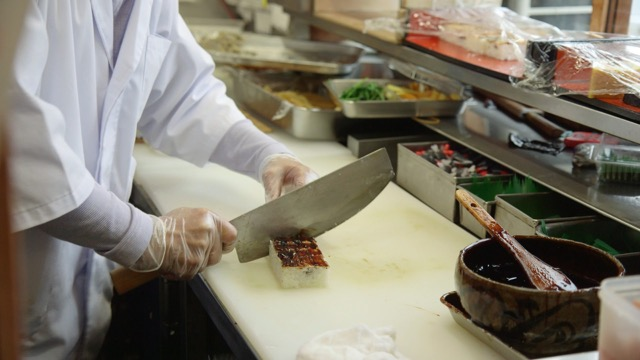 何度食べても驚いちゃう味。地元の人間に愛され続ける堺市の老舗