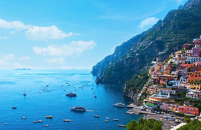 「世界一美しい海岸」アマルフィの宝石、3つの街を旅する