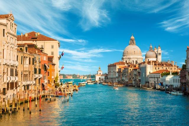 世界遺産の水の都・ヴェネツィアで世界一ロマンチックな二人になろう