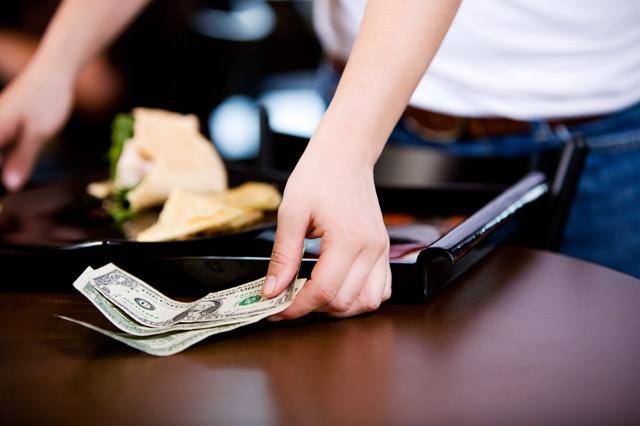 【NYC】米レストランは「チップ廃止」の動き