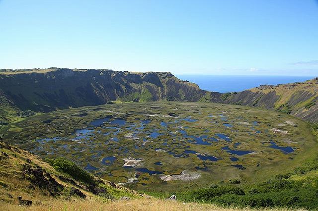 【チリ】モアイ像だけじゃない、イースター島の絶景集
