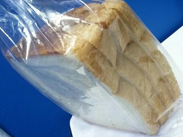 豊洲のパンランキング堂々1位!コスパ抜群「ペル・エ・メル」のふかふかパン