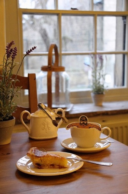 【連載】英国伝統菓子「ベイクウェル・プディング」発祥地のティールーム