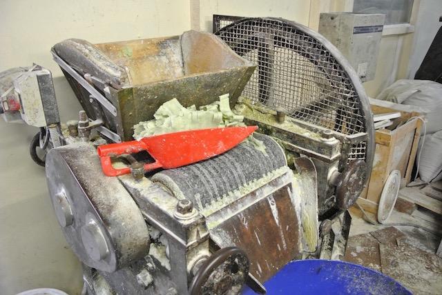南仏土産の定番「マルセイユ石鹸」の魅力を探る、石鹸工場見学の旅