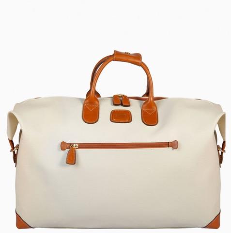 一緒に旅したい!軽い&便利&ファッショナブルなトラベルバッグ5つ