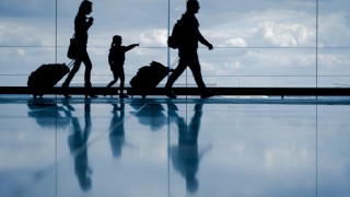 現地職員に聞いた パリ・シャルルドゴール空港での過ごし方