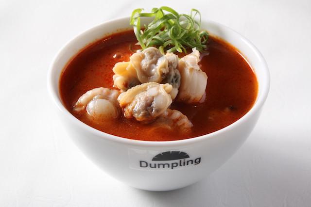 ヘルシー志向の女性にぴったり!日本初スープ餃子専門のファストフード店がオープン