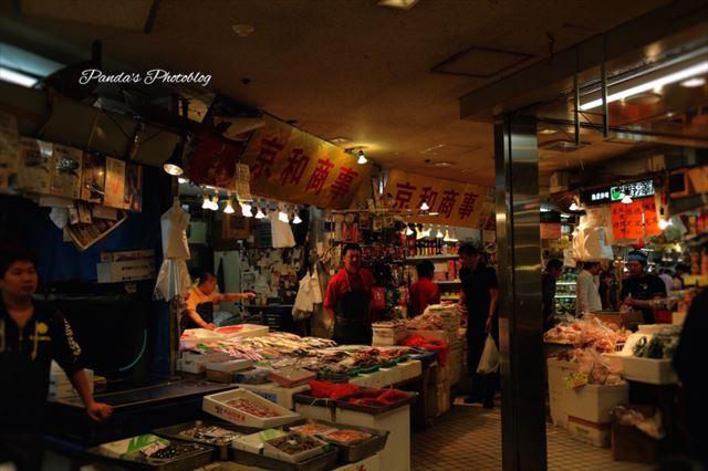 まるで日本じゃないみたい。アジアっぽい雰囲気のアメ横地下街に潜入
