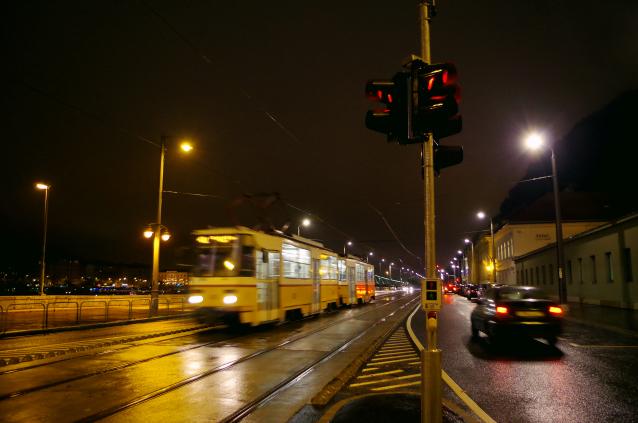 【ハンガリー】ブダペストの夜景を眺めながら入る贅沢な露天風呂