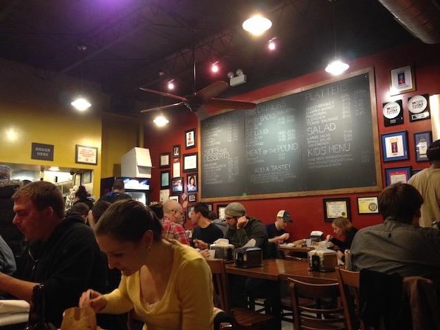 これぞアメリカの味!シカゴで絶品のバーベキューリブが食べられる名店3選