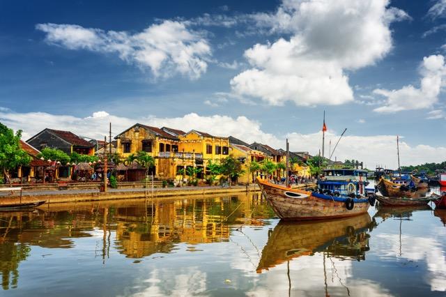 世界遺産の古都、ベトナムのホイアンで時間旅行を楽しむ