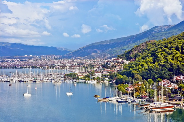 洗練されたリゾート・フェティエとトルコで一番の絶景ビーチを楽しむ