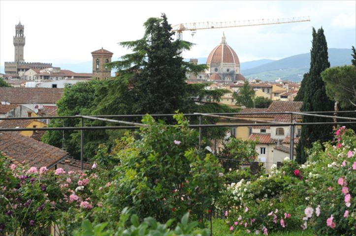 ガイドブックにはのっていない、フィレンツェの秘密の花園「ジャルディーノ・デッレ・ローゼ」