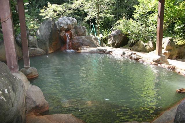 日頃の疲れを癒したいあなたへ。奥飛騨温泉郷にある秘湯の露天風呂3選