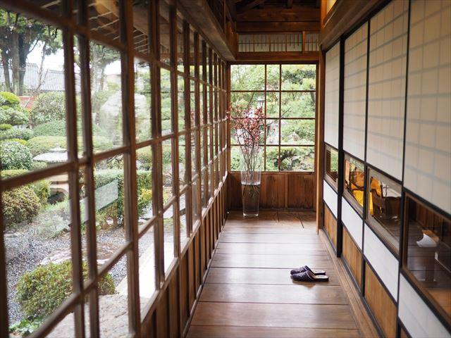 【鳥取】縁側を眺めながら地元の季節料理を。趣深い古民家レストラン
