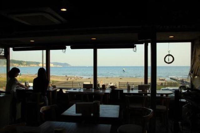 映画にも登場。鎌倉の海が一望できるオーガニックカフェでのんびり