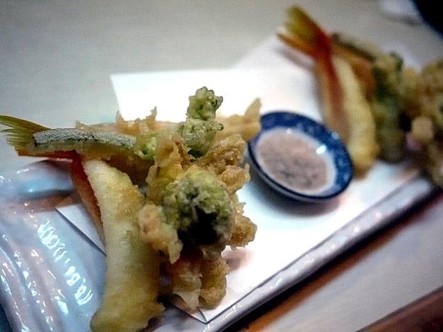 築地直送の鮮魚とマニアックな日本酒が楽しい「おやじの目利き」