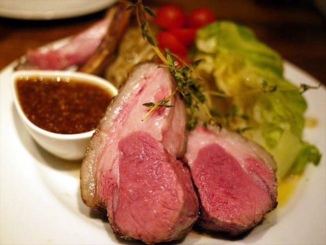 熟成肉をシンプルに味わう。お肉の気分ならここ「中目黒グリル」