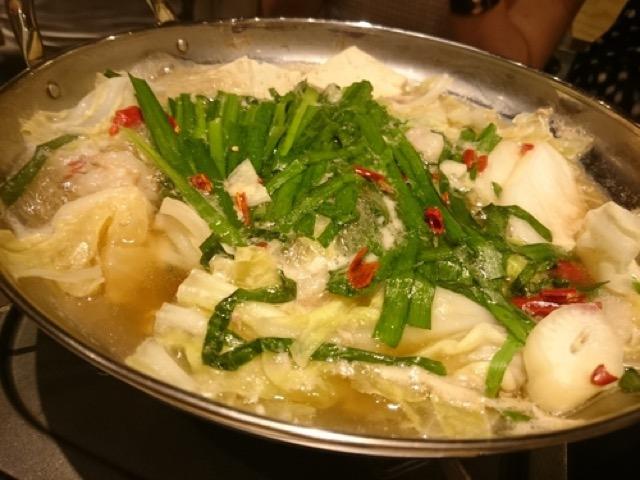 【立川肉市場】ぷりぷりのモツとコクのあるスープで箸が進むお店