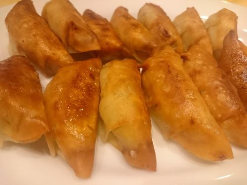 【立川肉市場】ドリンクも豊富。薄皮餃子酒場・台湾辛料理の「八田與一」
