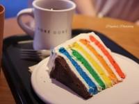 ソウル探索。カラフルで美味なケーキ屋さん「DORE DORE」