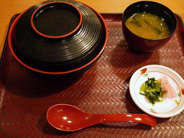 但馬とりの親子丼がうまい!雄琴温泉 あがりゃんせのレストラン「葦の花」