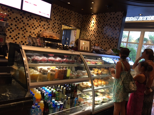 【ラスベガス】高級だけどさすがに美味しい。ホテルの使い勝手の良いカフェ