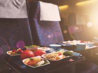 【最新版】日本人が選んだ、機内食がおいしい航空会社第1位は?