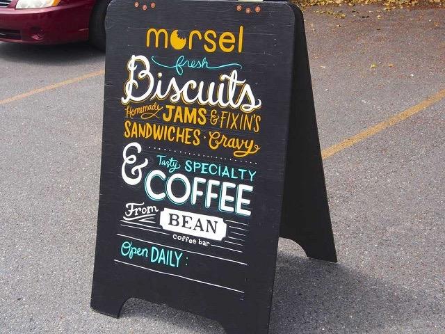アメリカ・シアトルの朝ごはんは、行列のできるビスケット屋さん「モーソル」で