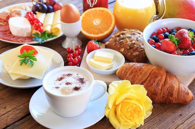 【気になる世界の朝ごはん】体に優しいヘルシーな朝食で1日をスタート、スイス編