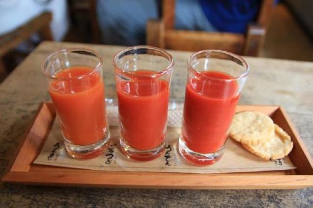 珍しいこだわりトマトジュース専門店!「庄兵衛さん家のとまじゅう」