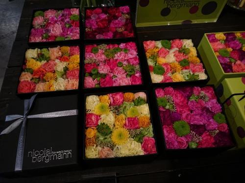 【表参道】美しい花と緑に囲まれてお茶ができる。花屋併設の素敵カフェ