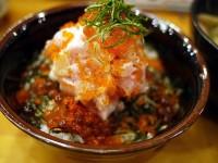 【神保町】「魚百」で居酒屋ランチとは思えないクオリティの高い海鮮丼