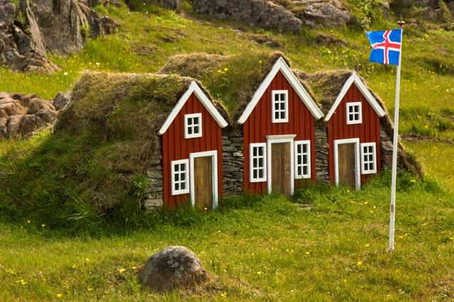 妖精遺産保護法って?エルフが住む国アイスランド政府に訊いてみた