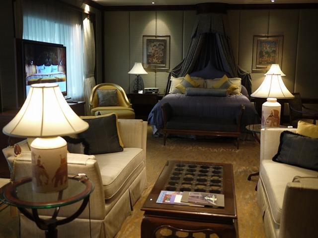 大統領が宿泊する高級ホテルに活気溢れるストリート!タイ・バンコクの魅力