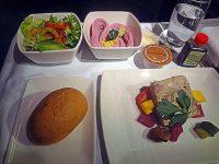 ビジネスクラスの機内食レポ。キャセイパシフィック航空「羽田~香港」