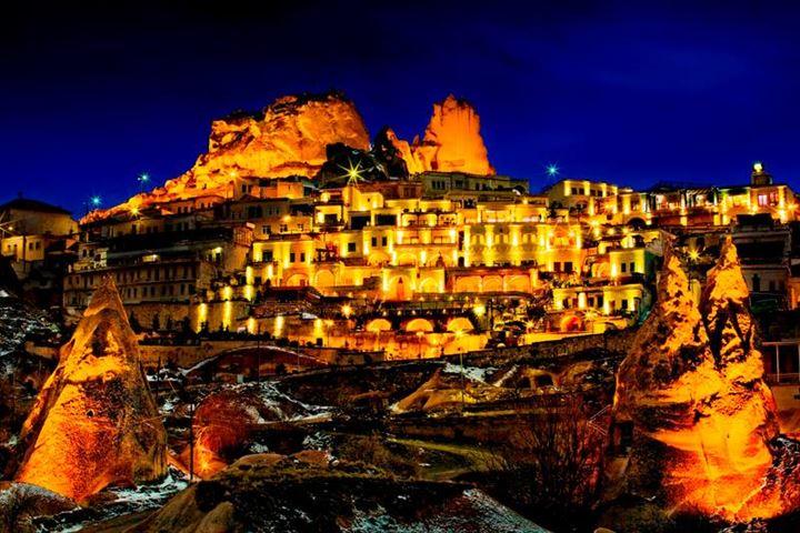 まるで黄金に輝く宮殿!カッパドキアの美しすぎるホテル
