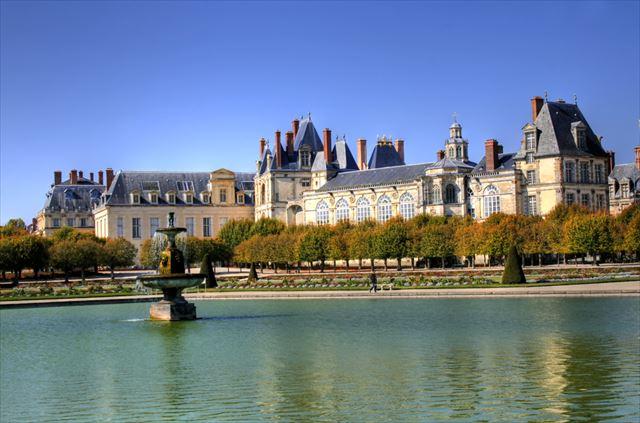 パリから日帰りで行けるお城 5選